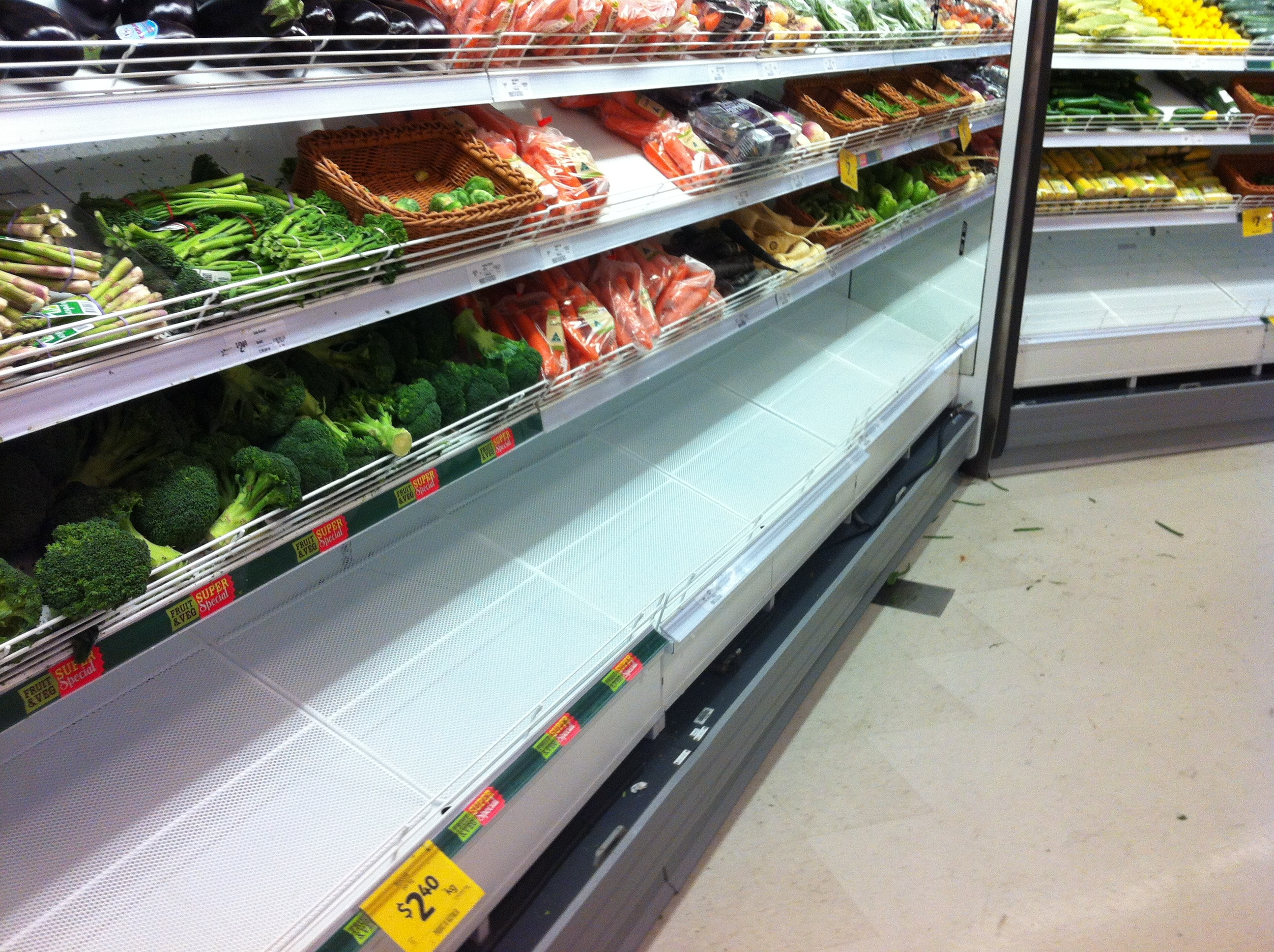 Grocery case with electrostatic spray and fabrication works completed onsite